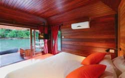 Sai yok jungle raft bedroom