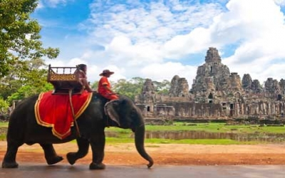 Elephant ride by Bayon Temple