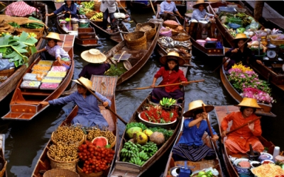 Floating Market sellers