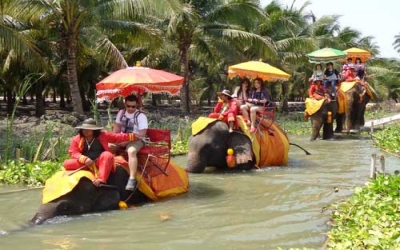 Floating Market Elephant treking