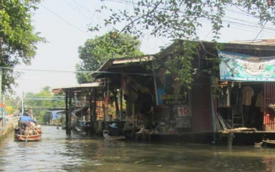 Floating Market canal tours