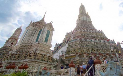 Steps up to Wat Arun